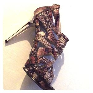 Jennifer Lopez Shoes Like New Size 71/2